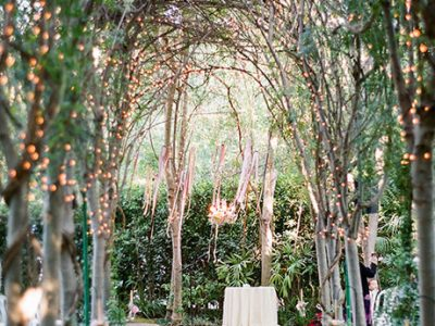 Ceremony-Aisle-Decor-Valentina-Glidden
