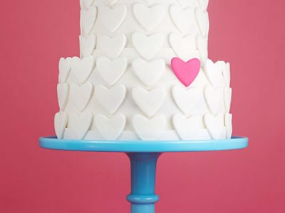 love-themed-wedding-cake-ideas-07