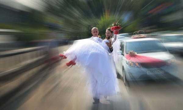 horrible-russian-wedding-photos-21