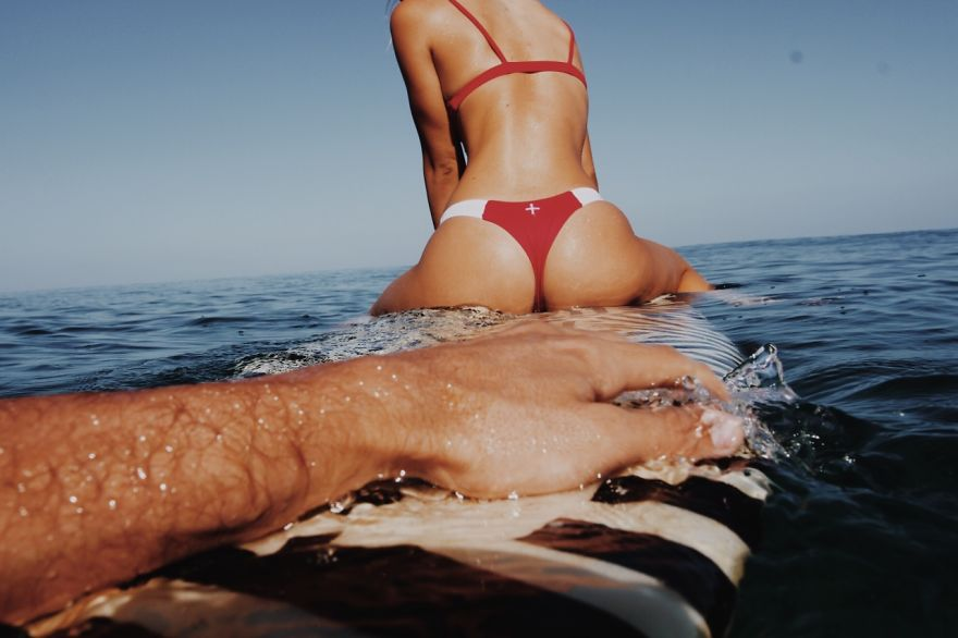 photographer-model-surfer-couple-travels-world-jay-alvarrez-alexis-ren-17