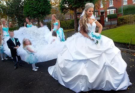 worst-wedding-dresses16