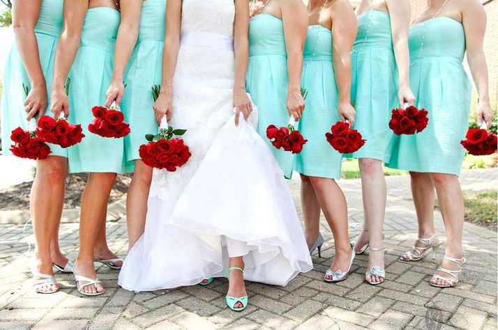 Tiffany-Blue-Red-Wedding-bridesmaids